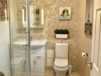 Pic H (Bathroom 1)
